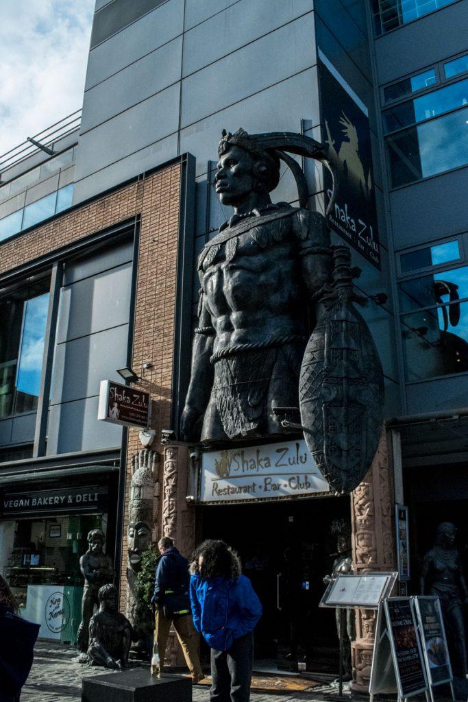 Statue Indien dans une rue de Camden Town à Londres