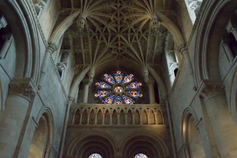 Rosace dans l'église de l'université d'Oxford
