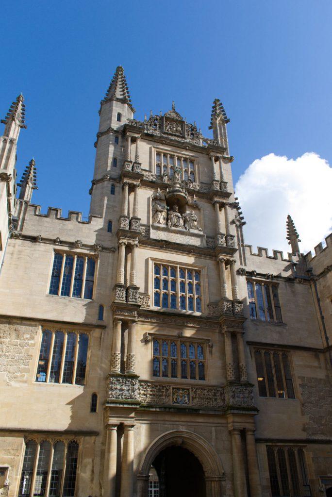 Tour d'Oxford