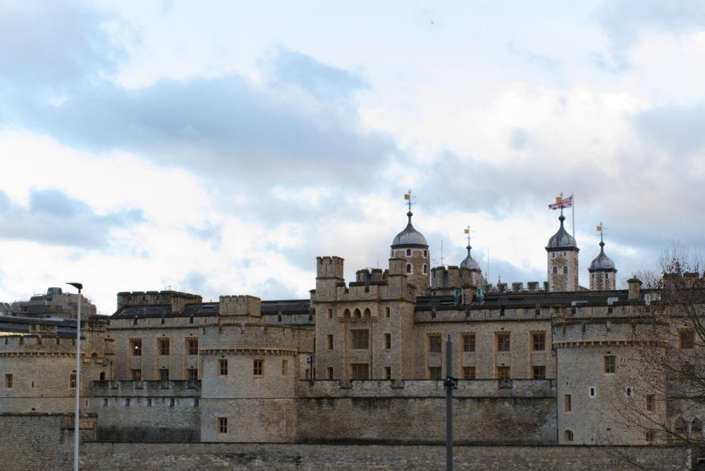 Tower of London, château fort à côté de la tamise