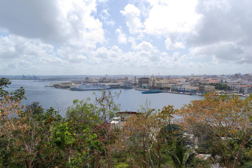 Vue de la baie de La Havane à Cuba