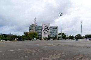 Hommage à Camilo sur la Plaza de la Revolucion de La Havane à Cuba