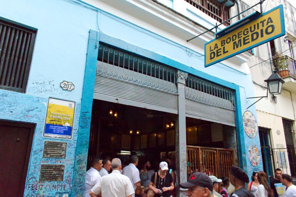 Bar La Bodeguita del Medio original de La Havane à Cuba
