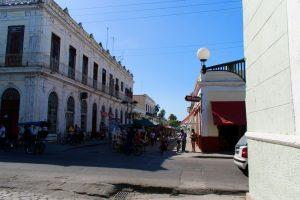 Marché dans le centre ville de Cienfuegos à Cuba