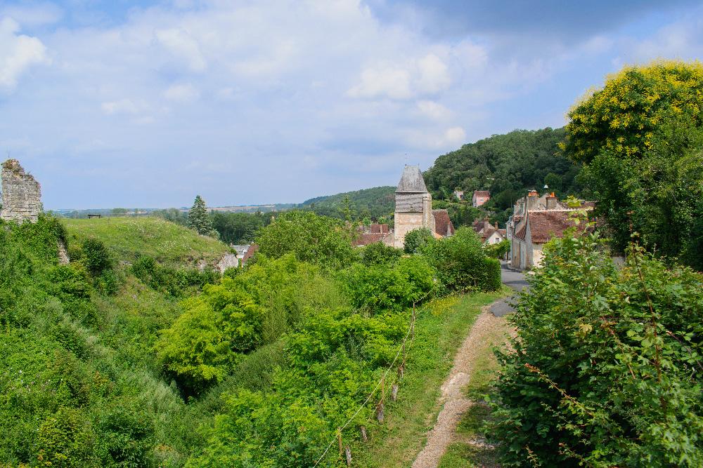 Vue depuis les hauteurs de Lavardin, un des plus beaux villages de France